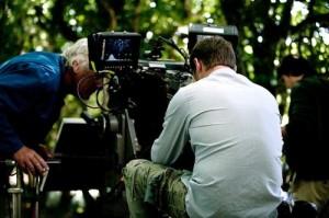 """Sur le tournage du film """"Derrière les murs"""""""